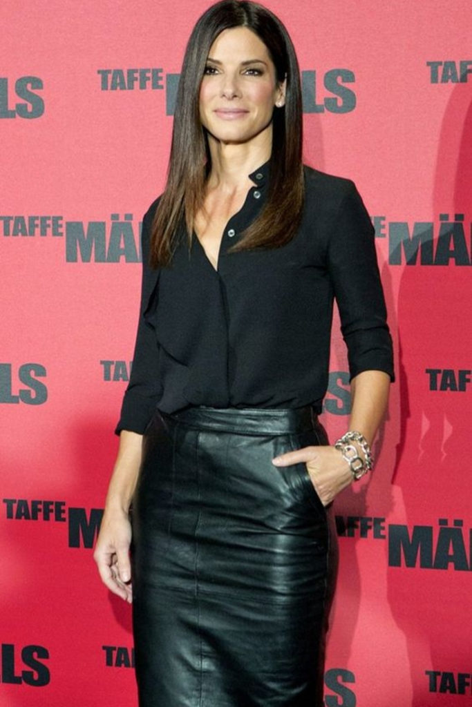 Black outfit leather skirt