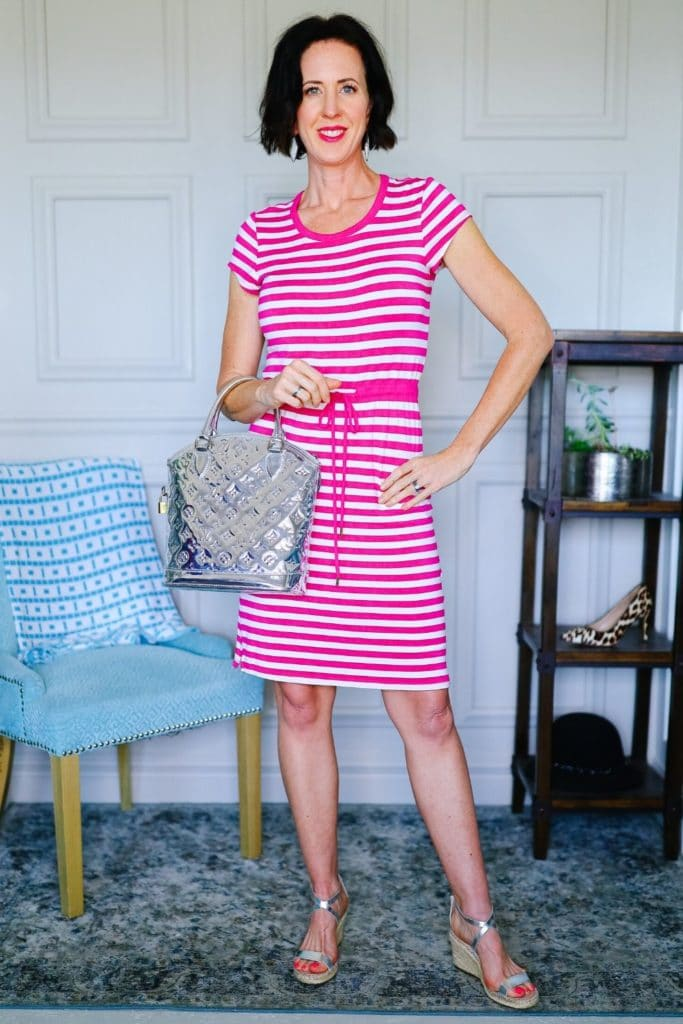 What Does Your Style Say About You? - Pink and white dress