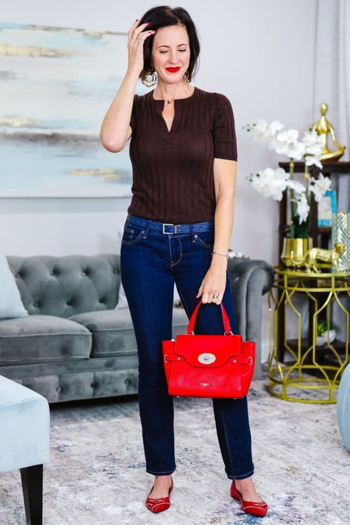 EffortlessStyle–CoverYourBasicsforEasyOutfits browntopandjeans