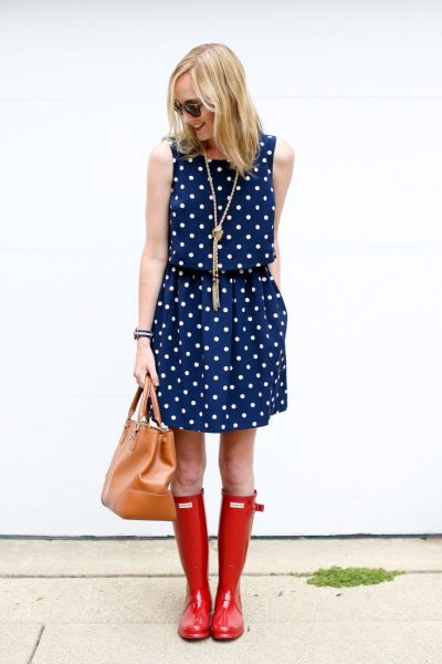 Kelly in the City polka dots and rain boots