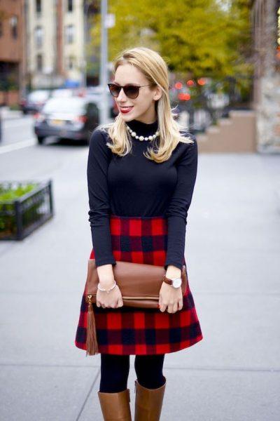 MInimal style plaid skirt